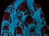 Blå med bruna apor